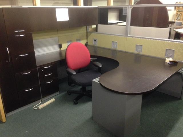 Powered Panel Supported U Shape Desk